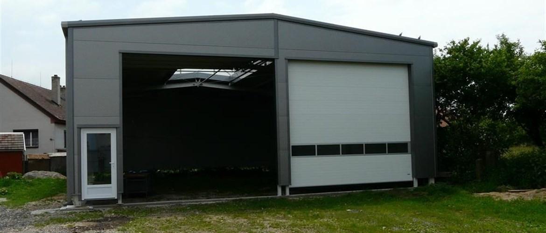 Montovaná garáž zateplená